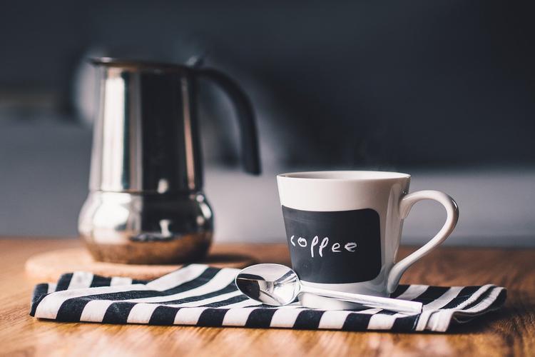 сколько после чистки зубов нельзя пить кофе